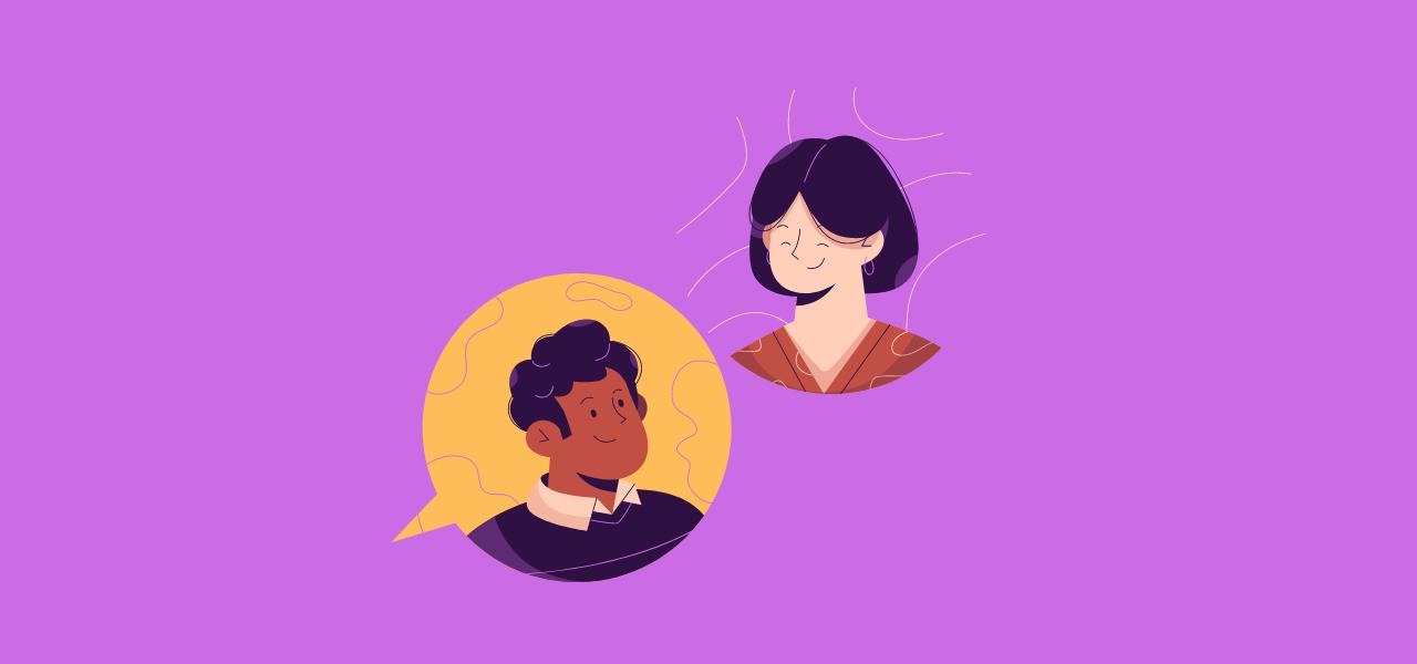 To personer snakker på lydopptak