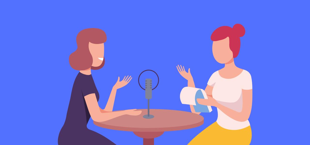 To damer som tar opptak av en samtale